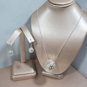 Jewelry - Nwot Sterling silver ball drops necklace & earring